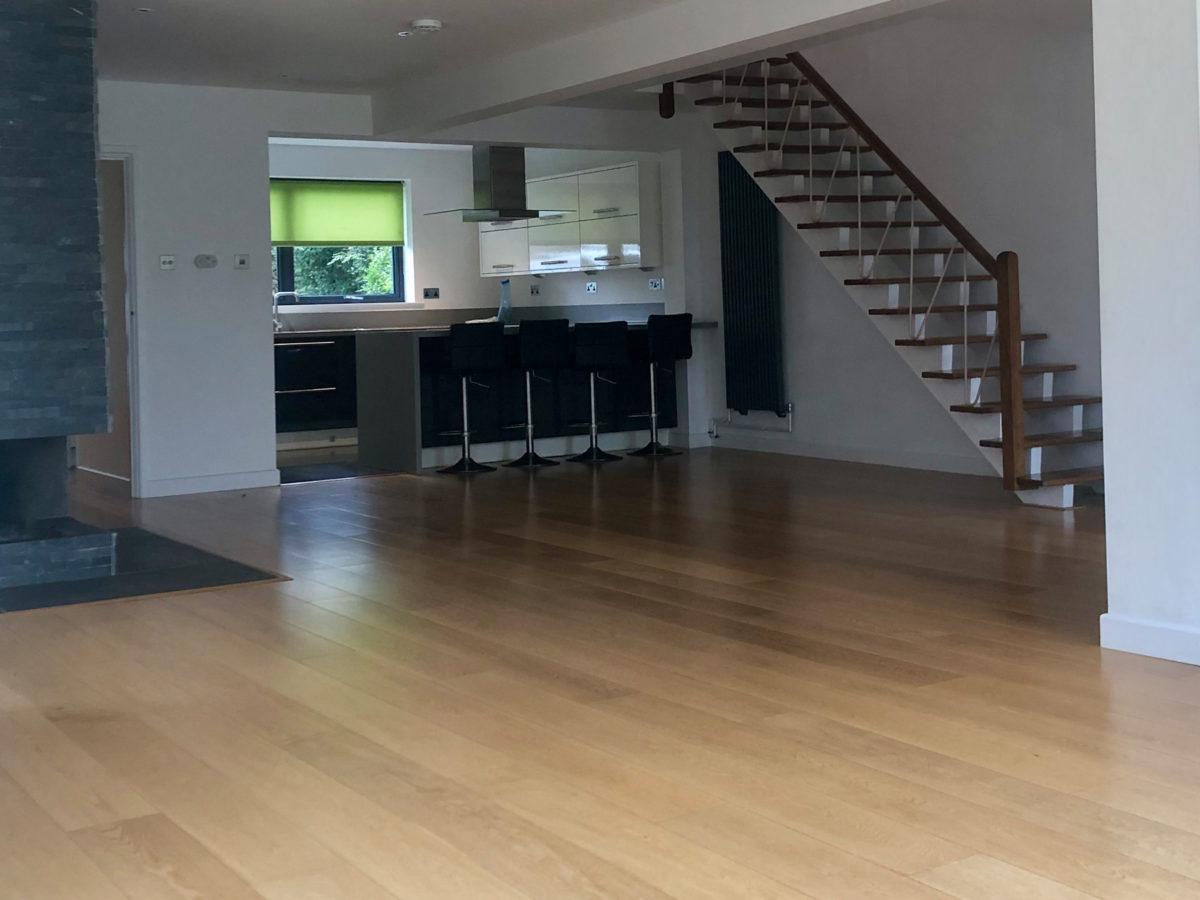 lounge-1200x900.jpg